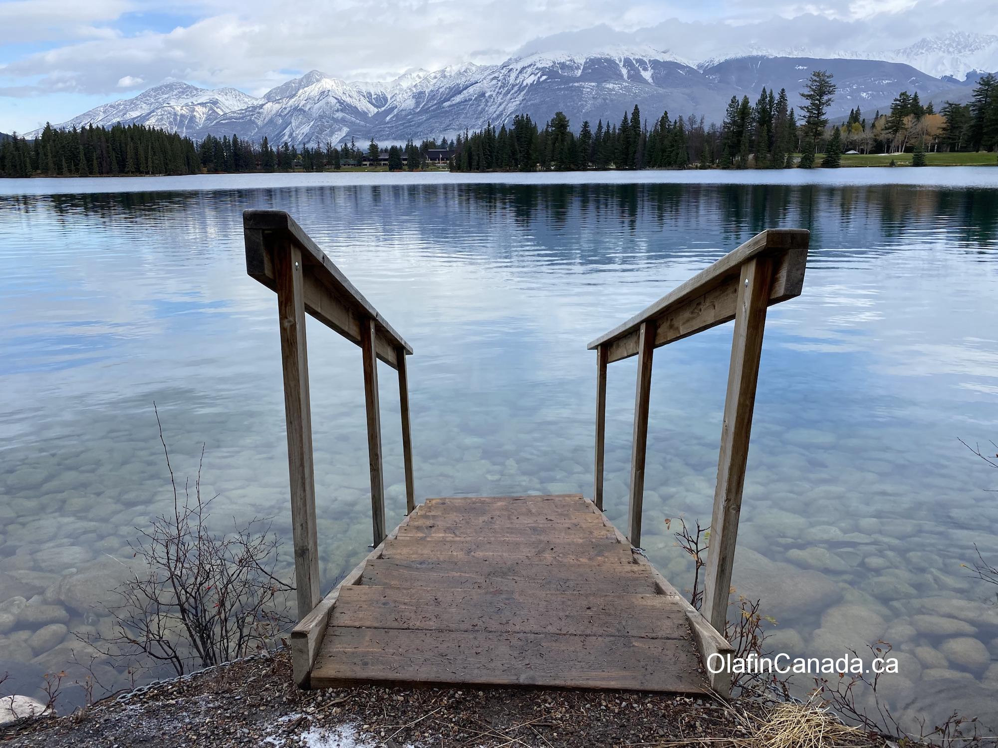 Stairs into Beauvert Lake in Jasper AB #olafincanada #alberta #rockies #jasper #beauvertlake