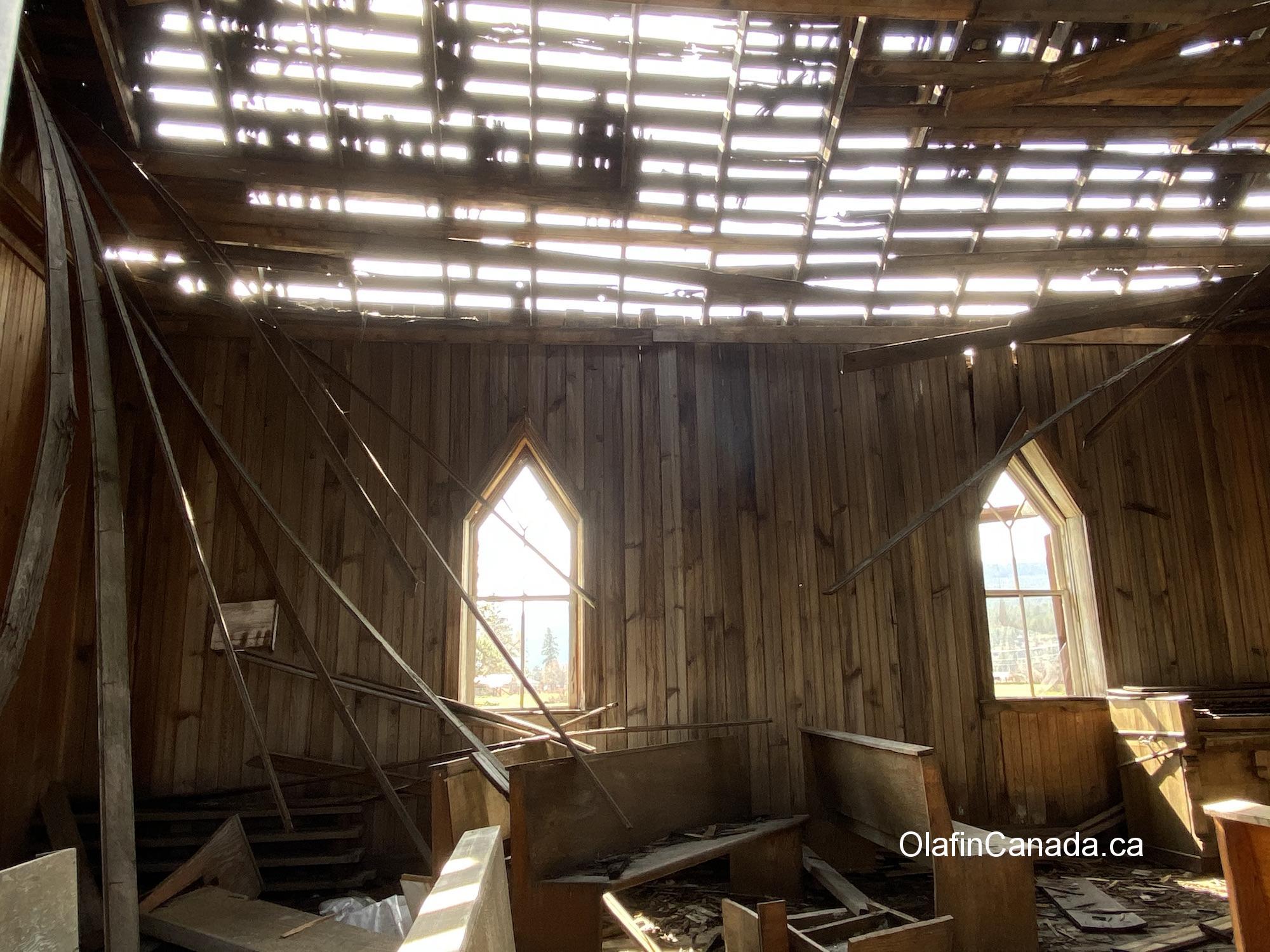 Abandoned church on the Westside Road in West Kelowna #olafincanada #britishcolumbia #discoverbc #abandonedbc #church
