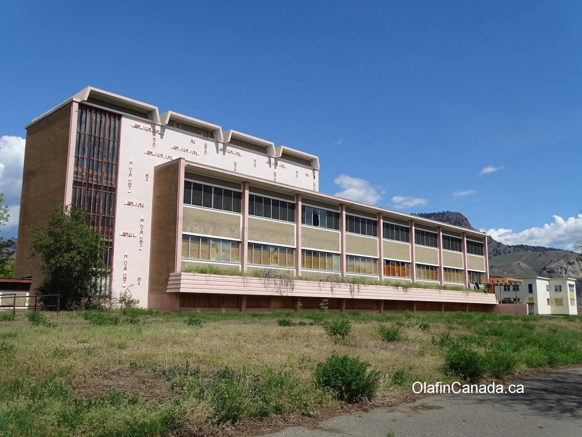 Sage hospital in Tranquille. #olafincanada #britishcolumbia #discoverbc #abandonedbc #tranquille