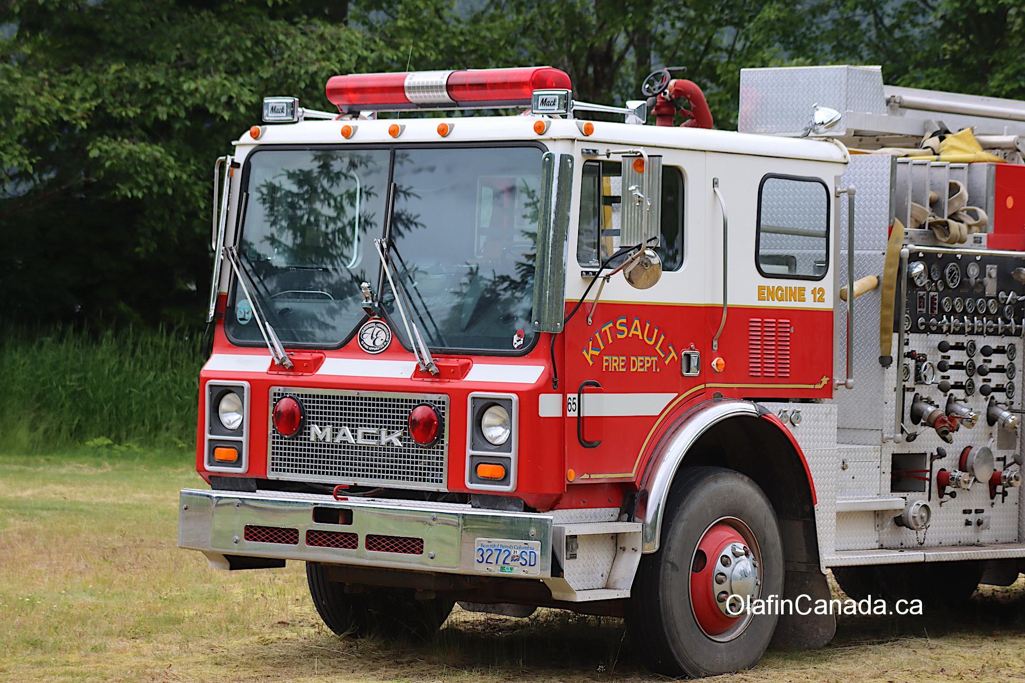 This fire truck still runs in Kitsault #olafincanada #britishcolumbia #discoverbc #abandonedbc #kitsault