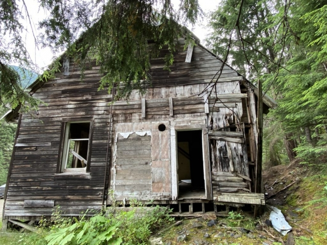 Station house in Cody, seen from the back #olafincanada #britishcolumbia #discoverbc #abandonedbc #cody