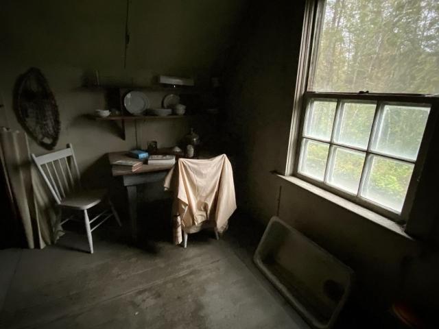 Teacher's desk on the first floor of the school in Alice Arm. #olafincanada #britishcolumbia #discoverbc #abandonedbc #alicearm