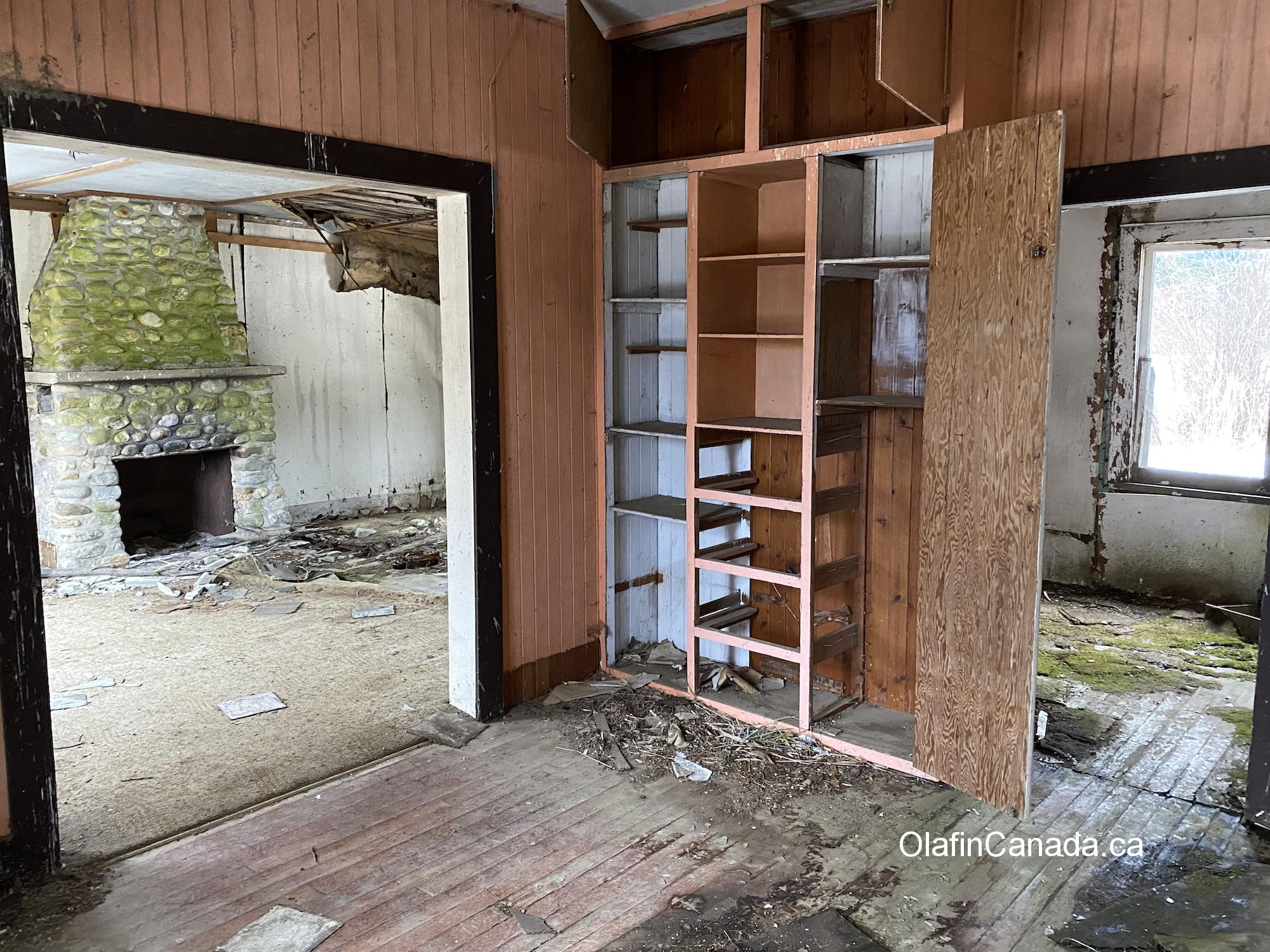 Fireplace inside abandoned home of the Helset family in Upper Clearwater #olafincanada #britishcolumbia #discoverbc #abandonedbc #clearwater