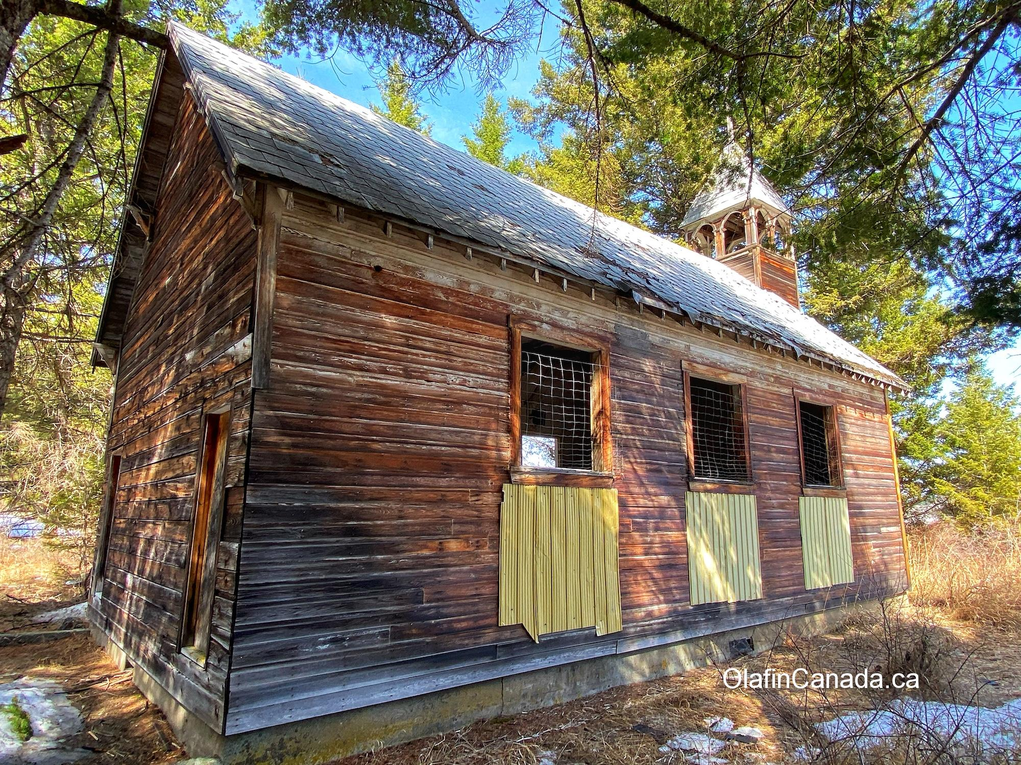 Sacred Heart Catholic Church in Bridesville (Rock Creek Area), built in 1930 by the Dumont family #olafincanada #britishcolumbia #discoverbc #abandonedbc #church