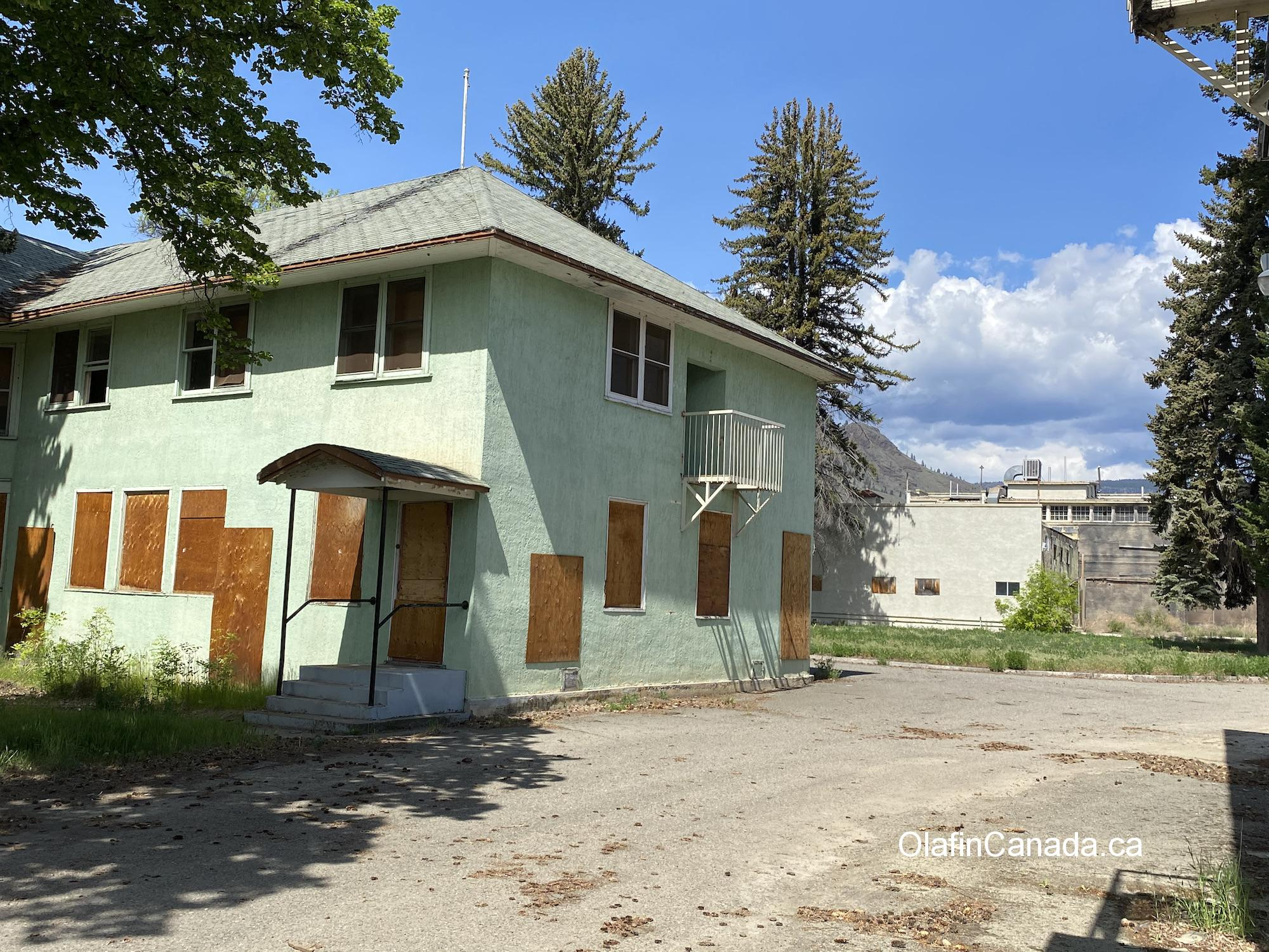Abandoned house in Tranquille, near Kamloops. #olafincanada #britishcolumbia #discoverbc #abandonedbc #tranquille
