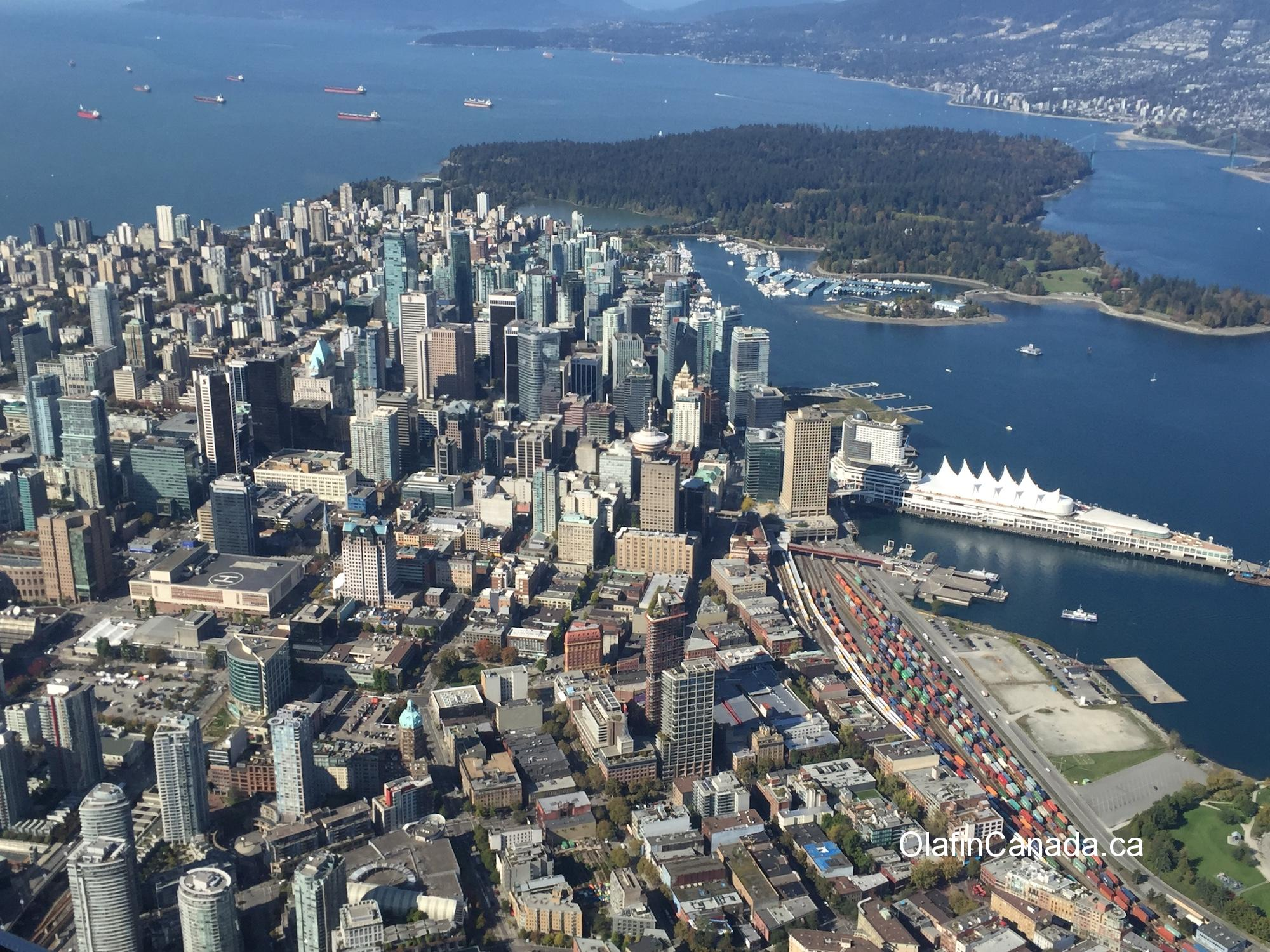 Vancouver downtown and Stanley park from sea plane #olafincanada #britishcolumbia #discoverbc #vancouver #stanleypark #seaplaneview