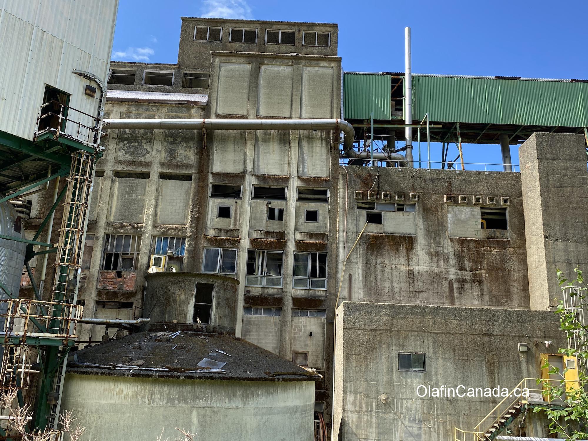 Abandoned Neucel factory in Port Alice on Vancouver Island #olafincanada #britishcolumbia #discoverbc #abandonedbc #factory
