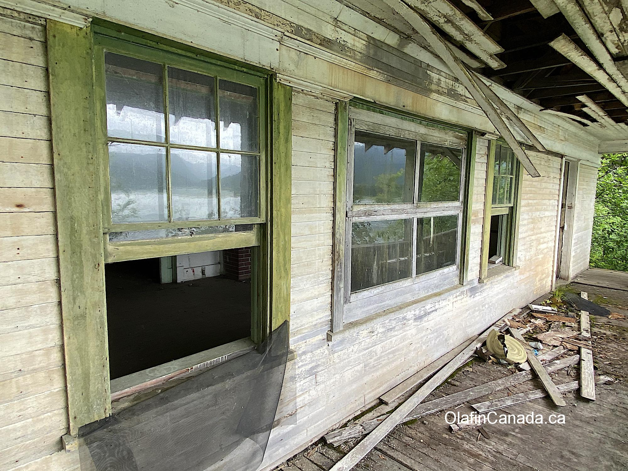 The porch of the abandoned mansion in Alice Arm #olafincanada #britishcolumbia #discoverbc #abandonedbc #alicearm #mansion