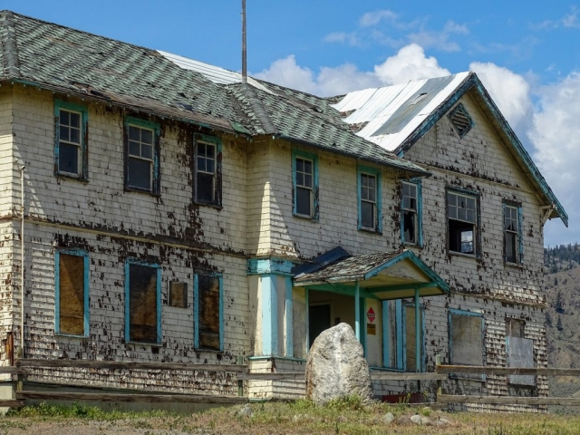 Entrance of Tranquille sanatorium near Kamloops. #olafincanada #britishcolumbia #discoverbc #abandonedbc #tranquille