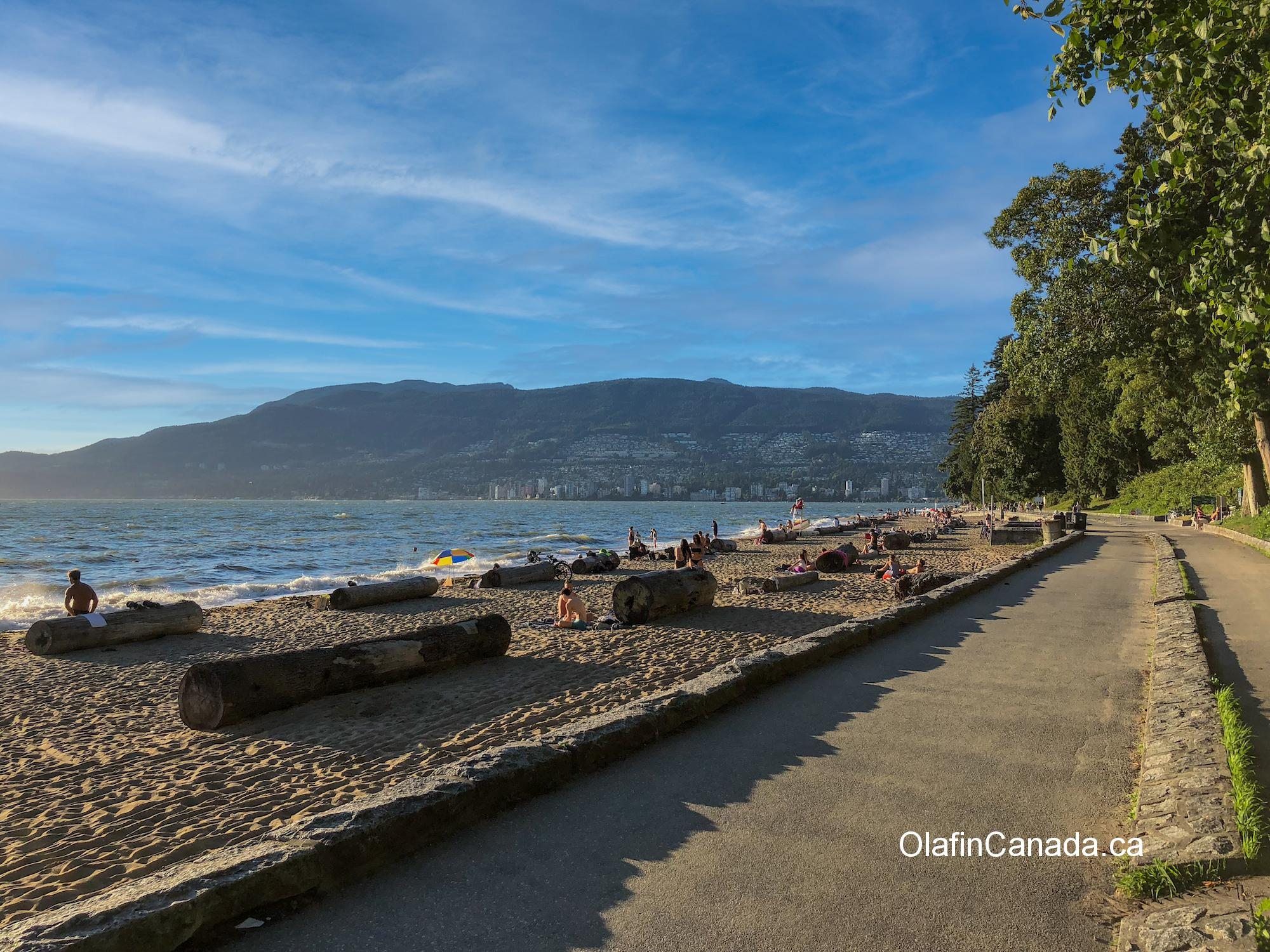 Sun tanning at Second Beach in Vancouver #olafincanada #britishcolumbia #discoverbc #vancouver #sunset #beach #stanleypark