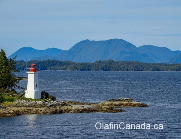 Lighthouse on Mayne Island near the ferry to Victoria #olafincanada #britishcolumbia #discoverbc #mayneisland #lighthouse