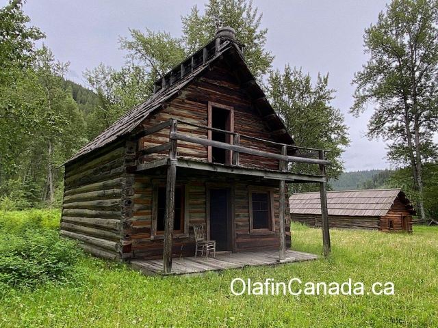 The Tong House Community Hall in Quesnel Forks #olafincanada #britishcolumbia #discoverbc #abandonedbc #cariboo #quesnelforks