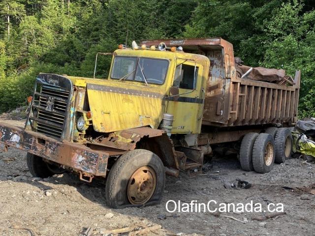 Worn down truck in Bella Coola BC #olafincanada #britishcolumbia #discoverbc #abandonedbc #cariboochilcotin #bellacoola #truck