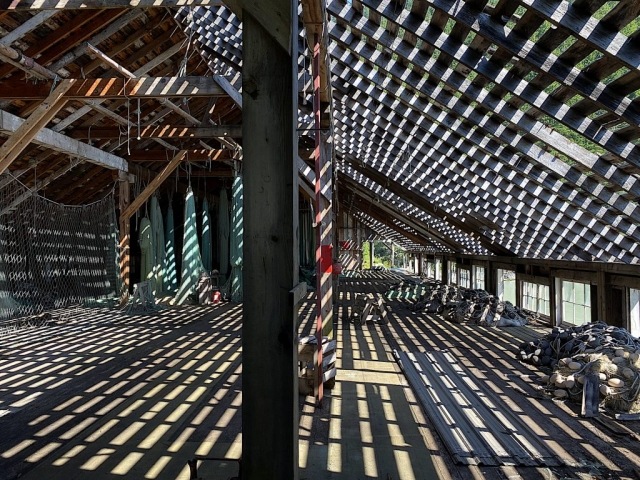First floor in the sun of the cannery with sunlight through the roof #olafincanada #britishcolumbia #discoverbc #abandonedbc #tallheocannery #bellacoola